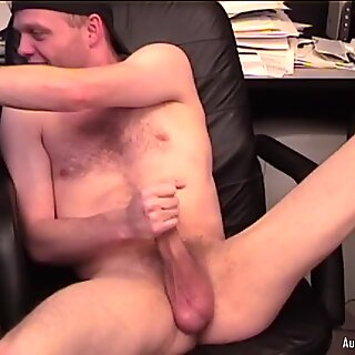 Amatør richard gokker off på webcam