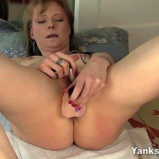 Yanks Natalia Chaplin'_s Body Shaking Orgasm