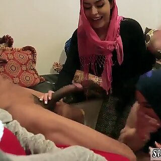 Teen fingering webcam Hot arab girls try foursome - Audrey Charlize