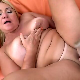 Sexy Blonde Teen Licks Granny s Pussy