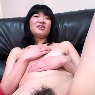 Japanese slut Makoto Kamo gets her pussy toyed and stuffed
