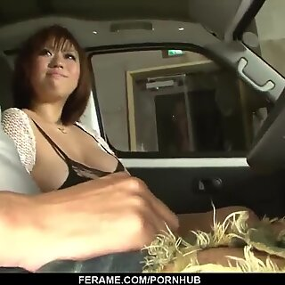 Neiro Suzuka loves plenty of inches in her thirsty crevices