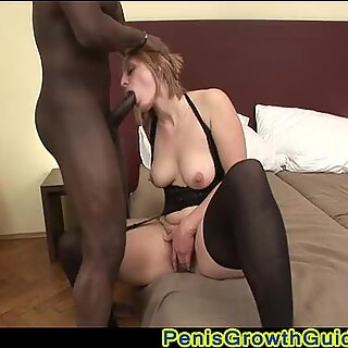 Mature Babe Magda Screwed Her Hairy Pussy
