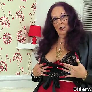 British granny Zadi's old fanny still enjoys a dildo filling