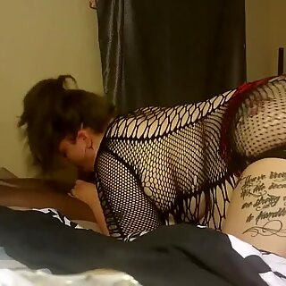 pawg gives sidesway sight gargling BBC