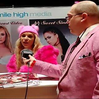 Kimmie Kaboom with Jiggy Jaguar clips 4 sale booth Las Vegas NV