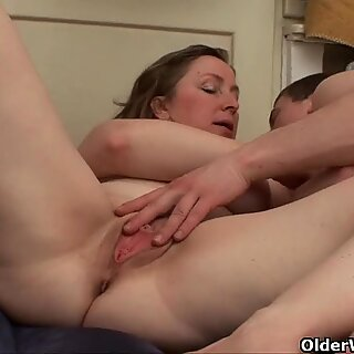 Mom makes sure she gets her fresh cum