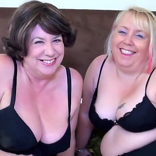 AgedLovE Two Mature Ladies Hardcore