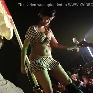 Bhojpuri Hot Satge Dance Mujhra dance
