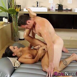 Gorgeous masseuse blows